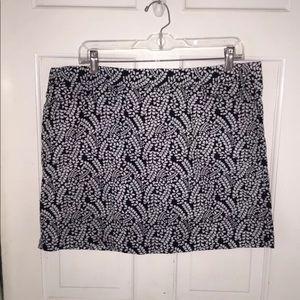 Tommy Hilfiger Black white floral Mini Skirt sz 12